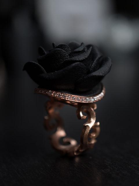 Väi Ruusu rose gold ring with diamonds by Väisänen Design, upright