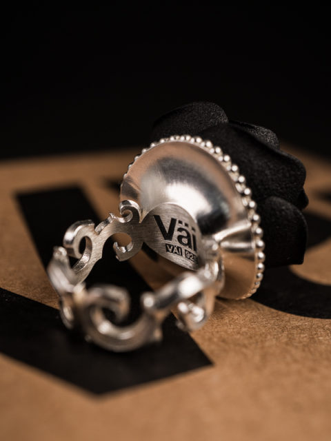 Väi Ruusu ring by Väisänen Design, back